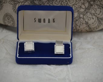 20% off Vintage Silver Tone SWANK Mesh Wrap Around Plain Square Plate Cufflinks with original box