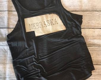 Vintage wash charcoal tank with Nebraska state