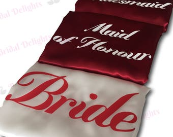 Bridesmaid Robes Set of 5, Robes for Bridesmaids, White and Burgundy Robes with Red and White Print (Font Mademoiselle), Bridal Party Robes