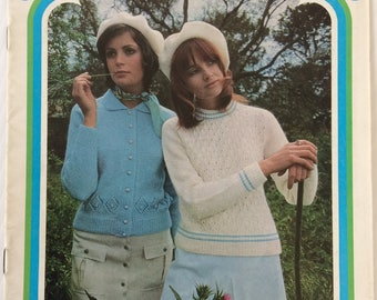 Vintage Patons knitting pattern booklet 962 - Look lovely in Caressa - Ladies cardigans and jumpers