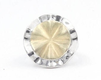 925 Flower Shaped Sterling Silver Ring, Size 8 (1392)