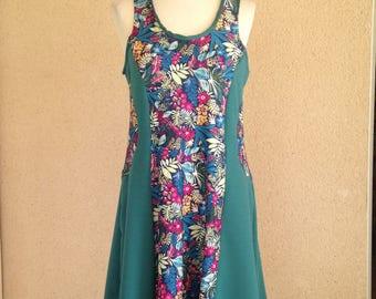 Feminine Milano sleeveless knit dress