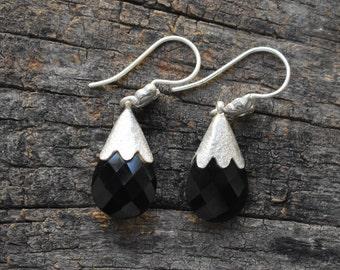 Black onyx earring,onyx earring,silver earring,92.5 silver earring,black onyx gemstone earring