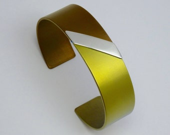 Anodized titanium and silver cuff bracelet, 18 mm wide. Titanium jewelry.