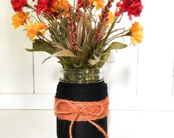 Fall/Halloween Mason Jar Vase!
