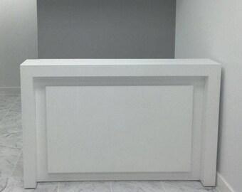 New York Modern Reception Desk in White Gloss