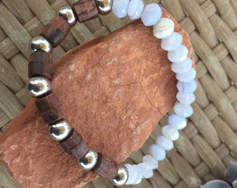 Mens blue lace agate, wood and stainless steel stretch bracelet.