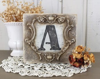 Personalized letter sign Small initial signs Custom letter on wood Monogram signage Vintage farmhouse letter art Last name letter decoration