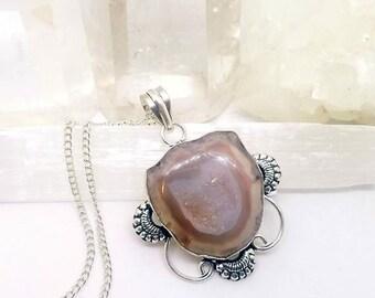 Geode Necklace, Druzy Geode Necklace, Geode Crystal Necklace, Solar Druzy Necklace, Solar Druzy Crystal, Geode Pendant, Druzy Necklace