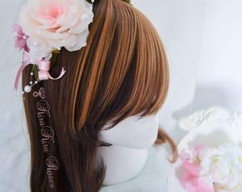 Head-Dress Pinky & Pearls
