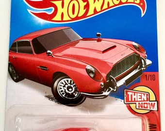 Hot Wheels Aston Martin 1963 DB5 #101/250 - Then and Now - RARE - Free Shipping
