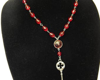The Red Queens Key Necklace