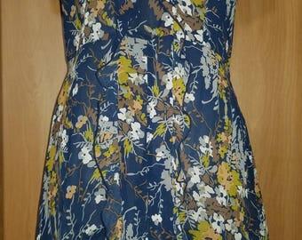 90s Vintage Floral Babydoll Dress with Peter Pan Collar Medium