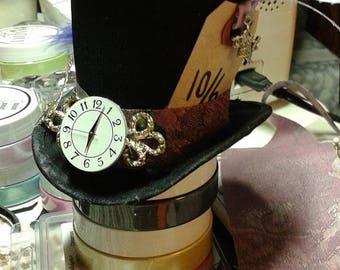 "Mad Hatter Mini Top Hat Fascinator/""I'm Late"" Clock Face Themed Mini Hat/Alice in Wonderland Party Hat/Mad Hatter Tea Party Hat/Tiny Top Hat"