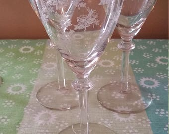 Etched Rose Wine Glasses 3