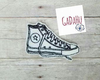 Sneaker feltie. Embroidery Design 4x4 hoop Instant Download. Felties. Shoe Feltie. Sports Feltie