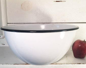 Large White and Black Trimmed Farmhouse Kitchen Enamelware Mixing Bowl/Shabby Chic Large White Enamelware Bowl/Collectible Enamelware Bowl