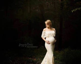 DALIA / Lace Maternity Gown / Baby Shower Dress / Fitted Maternity Dress /  Maternity Wedding