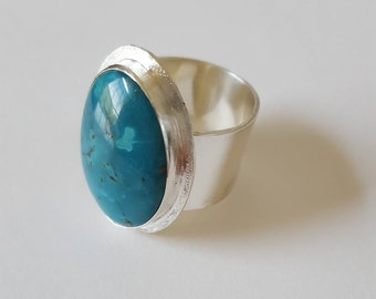 Turquoise Ring -- Size 6  // Sterling Silver  //  Kingman Turquoise