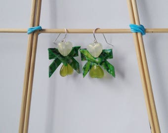 Forest theme handmade earrings with green hearts