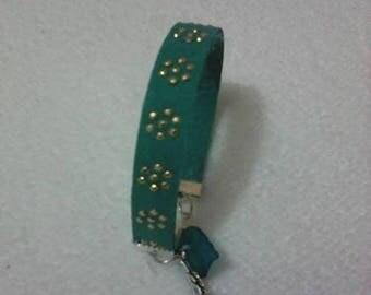 Rhinestone turquoise aluminum cord bracelet