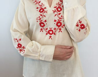 Hippie Embroidered Tunic / 60s - 70s Long Sleeve Blouse / Red Flower Embroidery / French Vintage
