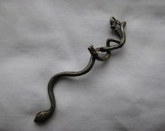 two piece snakes pendant