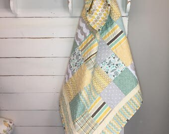 Teal, yellow and gray baby quilt
