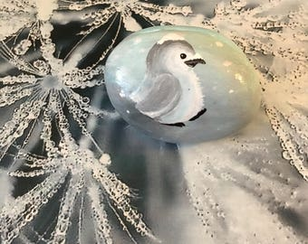 Baby Penguin in the snow, Handpainted Rock - p7