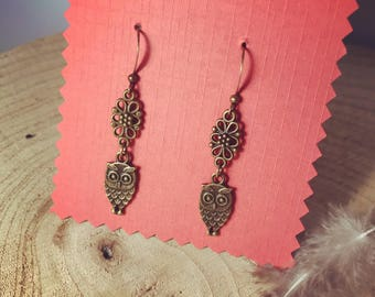 Earrings small owls and decorative bronze