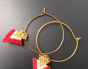 gold plated hoop weaving gold and red arrow