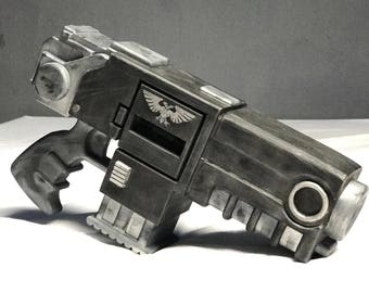 Reiver Space Marine Heavy Bolter Pistol Based on the Warhammer 40K Fictional Weapon