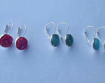 Pretty earrings sleeper hooks silver plated and acrylic granite round cabochon cut glitter red, green, turquoise