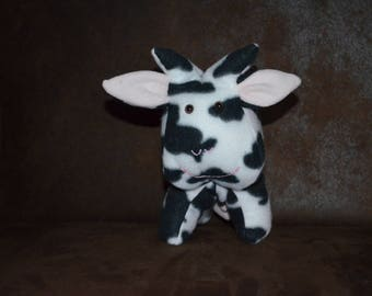 Cow Margueritte fleece black and white