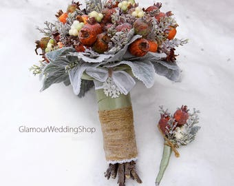 Winter Wedding Bouquet Berries Wedding Bouquet Alternative Bridal Bouquet  with Boutonniere Brooch Bouquet