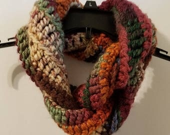 Twisted Infinity Scarf / Cowl