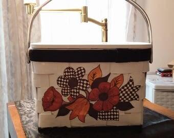 Unique vintage Basketweave Handbag Purse