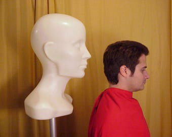 Giant Plastic Art Heads Transform into Mannequins, Lights, Planters, Art Objects, Display Forms, Creative Sculpture