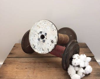 Vintage Factory Yarn Spools - White (2)