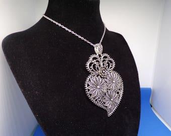 Antique silver pendant necklace