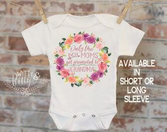 Only The Best Moms Get Promoted To Grandma Wreath Onesie®, Bohemian Onesie, Cute Onesie, Boho Baby Onesie, Girl Onesie - 223O