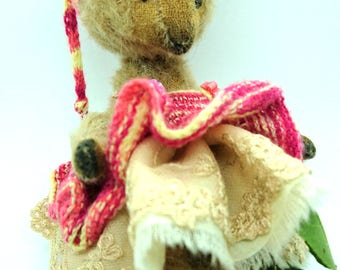 Pippin - Artist Bear, collectible bear, vintage toy