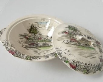 Johnson BROS serving bowl with cover vintage 1960's