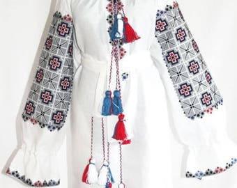 Embroidered tunic Vyshyvanka Boho dress Vishivanka Bohemian Clothes Ukrainian Dresses Custom Embroidery Ethnic Ukraine Mexican Embroidery
