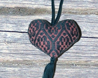 Heart necklace, Embroidered Heart, Handwoven Jewelry, handmade necklace, Mexican heart necklace, Birthday, Valentines gift, gift for women