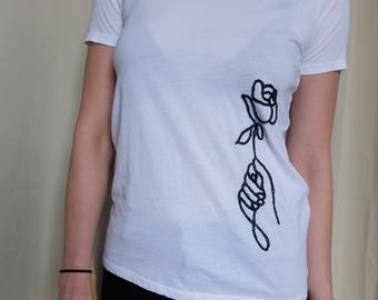 Hand Embroidered Single Line Rose T-Shirt Size Small