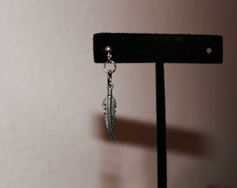 Dangling Feather Earring ver.1