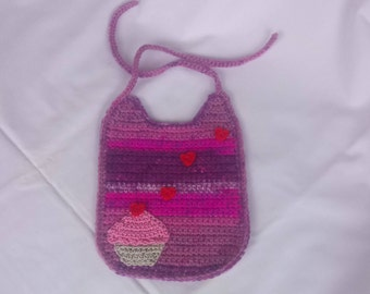 Bib for baby crochet with application