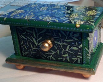 Hand painted box. Perfect for inserting a gift inside.