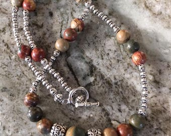 Natural Jasper and Silver Metal Necklace